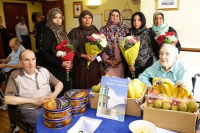 Ahmadiyya Muslim community UK shows respect through gifts to old people in Dagenham