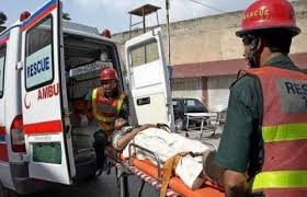 Chiniot; 9 people including five women from same family dead in a dreadful accident between Dumper truck and Van