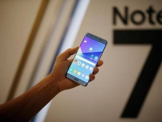 US carrier Verizon starts taking orders for new Samsung Note 7 phones