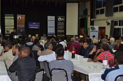 UK: Ahmadiyya Muslims Host Eid Millan Party at New Addington Civic Centre
