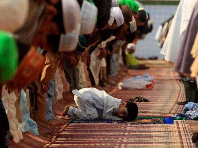 Ministry to enforce plan B on prayer timings